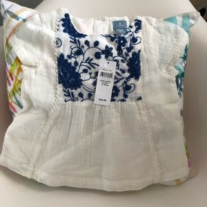 NWT Gap blue embroidered top